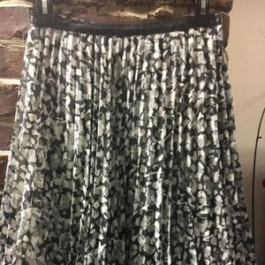 h&m pleated skirt with leather waistband